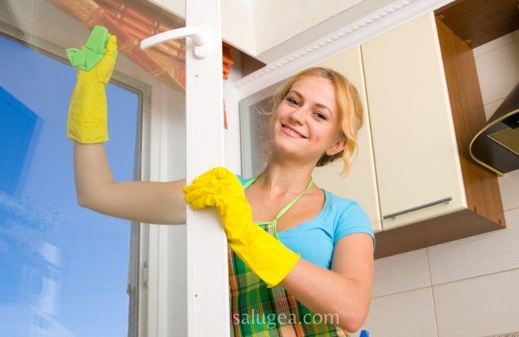 pulire casa con prodotti naturali
