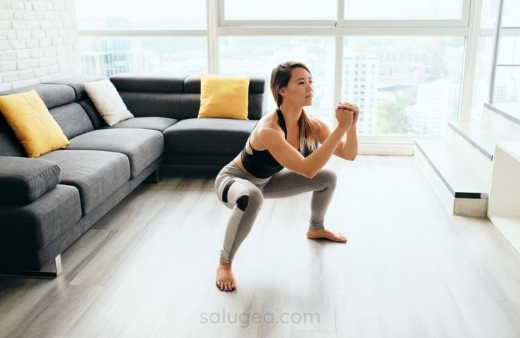 esercizi squat per i polpacci